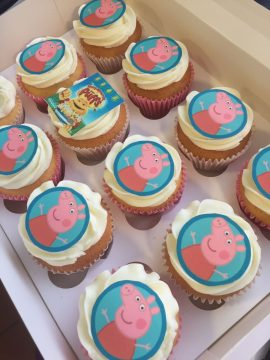 Peppa pig birthday cup cakes